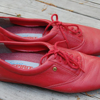 Vintage 80s Red Leather Easy Spirit Lace Up Oxfords Comfort Jazz Shoes Sneakers Size 8