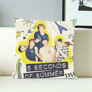 5 SOS Second Of Summer - Design Pillow Case with Black/White Color.