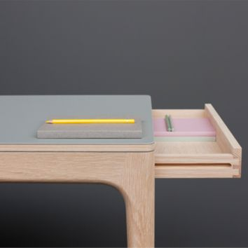Graft Desk | DWS