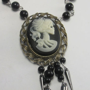 Victorian Skull Cameo Choker Necklace-Gothic Lolita Cameo Choker-Steampunk Lolita Cameo Necklace-Skeleton Lady Cabochon in Ivory & Black