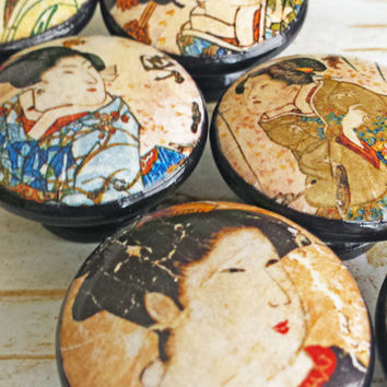 Japanese Geisha Knobs Drawer Pull Set,  6 Handmade Vintage Style Knobs, Japanese Art, Beautiful Women Portraits on Cabinet Knobs, Dresser