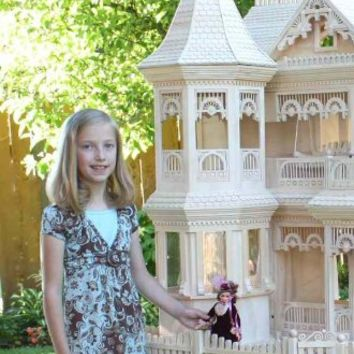 A Woodworking Scroll Saw Patterns and Instructions Plan to Build Your Own Victorian Barbie Doll House Project