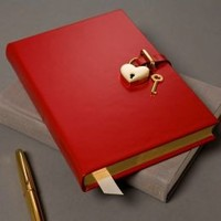 Goldtone Heart Red Locking Diary