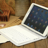 apple new iPad 4/3/2 wireless bluetooth keyboard/case