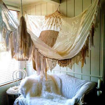 Shabby Chic rustic bed Canopy boho wedding Bohemian Hippy vtg scarves Gypsy hippie patchwork garden Decor curtain photo prop backdrop Fringe