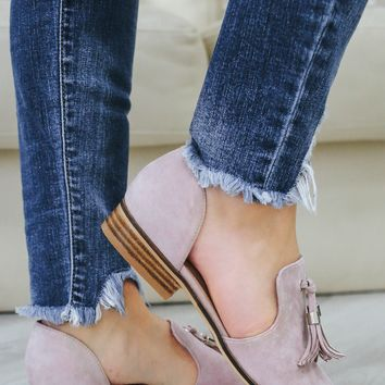 Sassy & Chic Loafers - Blush