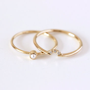 Wedding Set - Pearl Ring & Diamond Crown Ring - 14k Gold