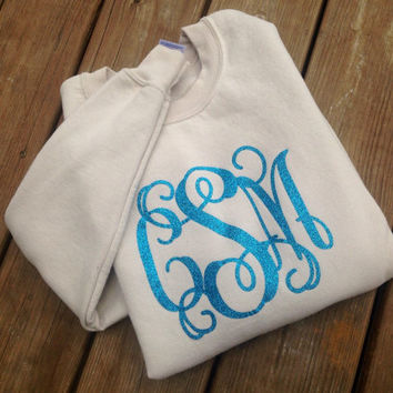 Monogrammed Comfort Colors Glitter Vinyl Sweatshirts, adult sweatshirts, glitter, oversized sweatshirts, sorority, mothers day