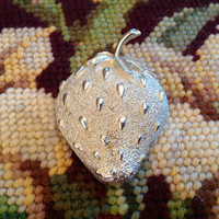Vintage Silver Tone Sarah Coventry Strawberry Ice Pin Brooch 1960s