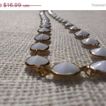 1950s Korean Minimalist White Gold Necklace Gold Encased Pointed Geometric Plastic Beads Mod Mid Century Boho Mad Men Fashion Jewelry