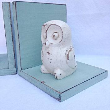 Shabby vintage distressed owl sage green book ends bookends French country bird figurine statue