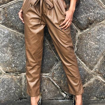 TAWNY VEGAN LEATHER CROPPED PANTS