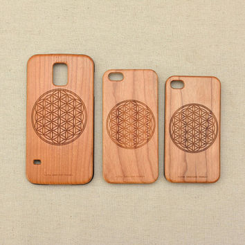 Sacred Geometry design ''Flower of Life'' Real Wood Phone Case with rubber lining for Samsung Galaxy s5