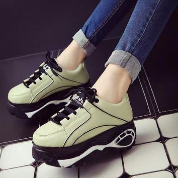 Fashion Lace-Up Creepers Flat Platform Shoes Women Loafers Shoes Leather Woman Designer Oxford Slip On Ladies Flat Shoes 2096