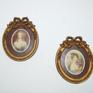 Vintage Victorian Portraits Wall Hangings Picture Frames Set of 2 Portraits with Glass and Gold Round Wood Frames Wall Hanging