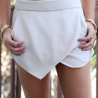 Fashion Queen Beige Envelope Skort With Pockets