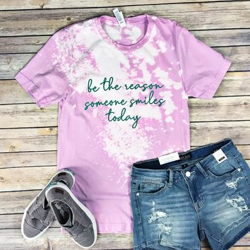 Be the Reason Someone Smiles Tee