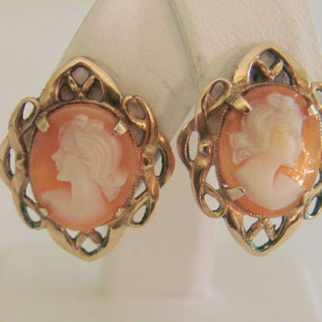 Antique Designer Signed Amco Carved Shell Cameo Earrings / Screw Backs / 1/20 12K Gold Filled / Vintage Jewelry / Jewellery
