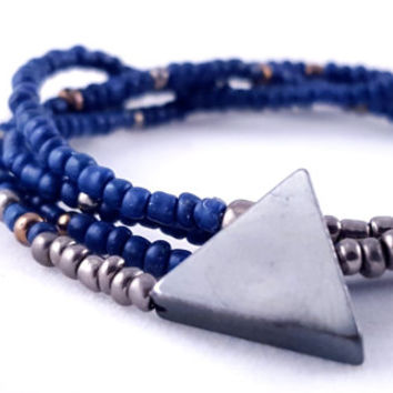 Seed Bead Wrap Bracelet // Triangle Charm // Blue and Grey Ombre // Stretch