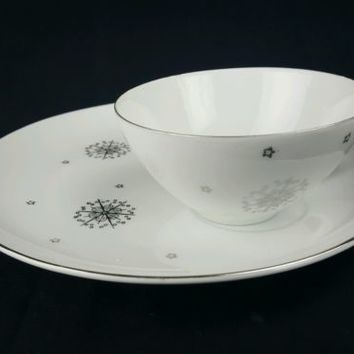 Summit Snack Plate and Tea Cup Star Burst Stardust White Silver Atomic MCM