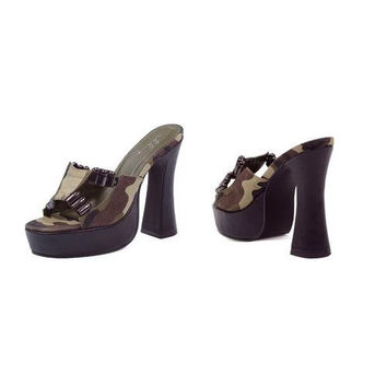 "5"" Heel with Camo fabric and faux bullet dcor."