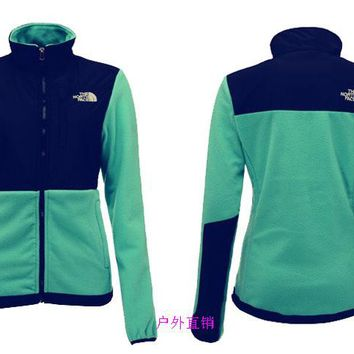 THE North Face New winter women green plus velvet jacket to keep warm