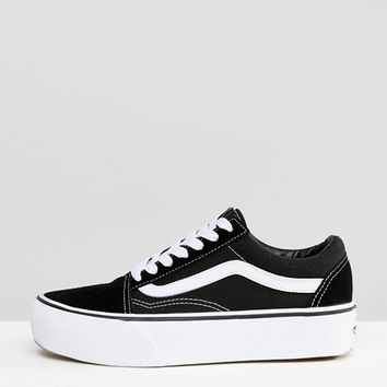 eef98a0b2ef5e1 Vans Old Skool Platform Trainers In Black And White at asos.com
