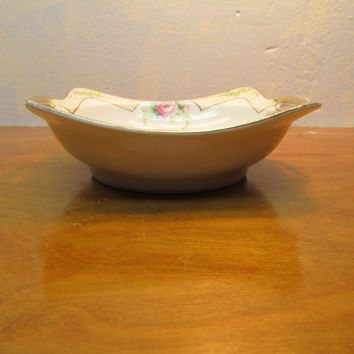 VINTAGE NIPPON BERRY BOWL HAND PAINTED