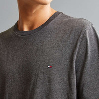 Tommy Hilfiger Core Flag Tee | Urban Outfitters
