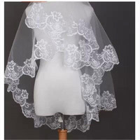 In Stock White and Ivory Bridal Veil One-Layer Wedding Veils Bridal Accessories New Fashion Lace Edge Tulle Veils