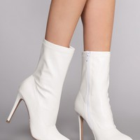 Skyee Sock Booties - White