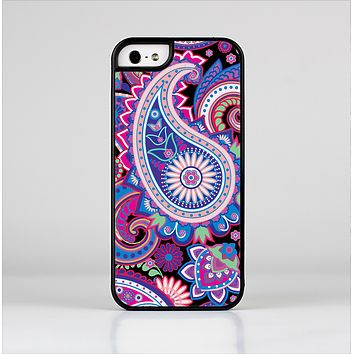 The Vibrant Purple Paisley V5 Skin-Sert Case for the Apple iPhone 5/5s