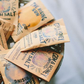 Wild Honey Botanicals - 6 BLENDS / Bath Salt Packets