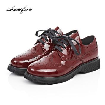 Women's Genuine Patent Leather Lace-up Carving British Style Flats Oxfords Brand Design Leisure Espadrilles Brogues Shoes Women