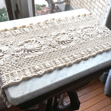 Vintage Dresser Scarf 33 X 12 6 Table Runner Crocheted Linen Wedding