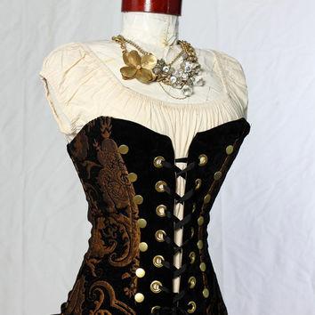 Waist 2426 Black and Gold Medallion Buccaneer by damselinthisdress