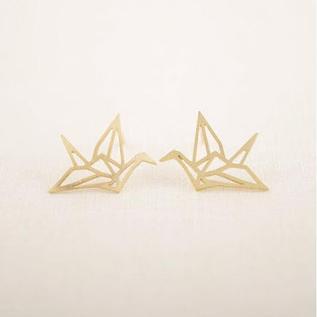 2016 Fashion Earrings Lovely Wild Origami Crane Stud Earrings for Women Graceful Pendientes Birds Earrings Party Earrings Gift
