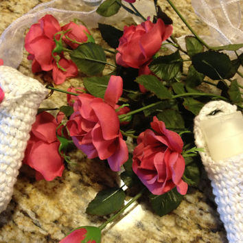 Crochet clip on mini tote bag with small bottle for lotion or hand sanitizer Ready to ship