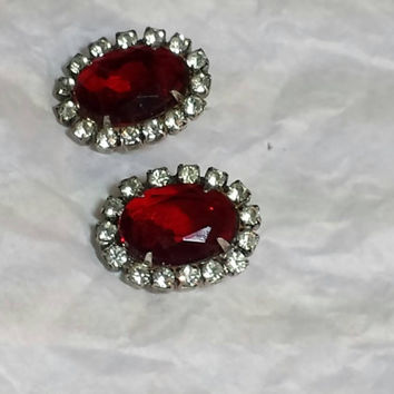 Earrings Stone Red Rhinestone silver vintage