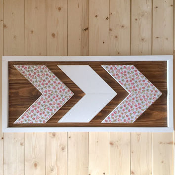 Rustic Framed Wooden Chevron Wallhanging - Floral Pattern - Shabby Chic - Home Decor - Bedroom Decor