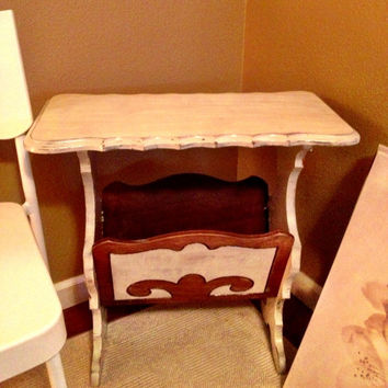 Refurbished Vintage Shabby Chic Side Table/Magazine Rack