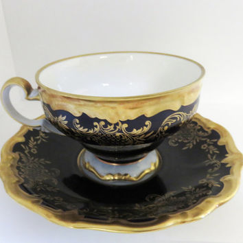 Weimar Porzellen scalloped Cobalt Gold White porcelain Echt Weimar Kobalt Tea Cup Saucer Katharina Pattern Made in Germany