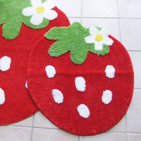 Strawberry Floor Mat Small size Cute Red 77cm x 90cm FREE Shipping Japan