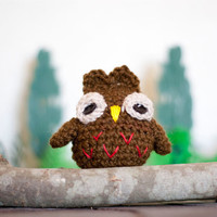 Amigurumi owl, soft toy, soft sculpture. Brown and red night owl woodland inspired bookshelf decoration.