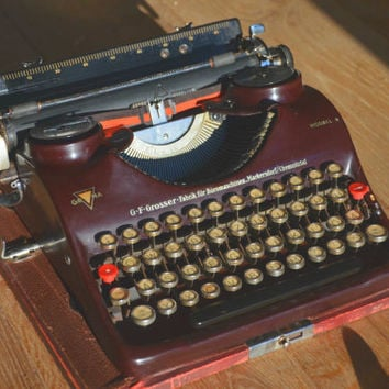 Christmas SALE! - Beautiful Dark Red Groma N Typewriter- Fully Serviced