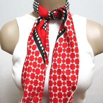 Red Black White Scarf Echo S1