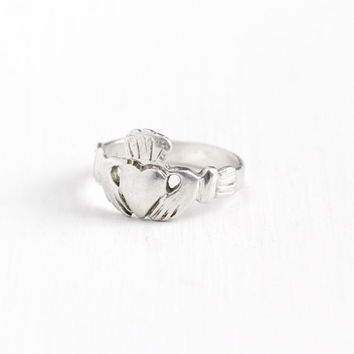 Vintage Sterling Silver Claddagh Ring - Estate Size 6 Gloved Hands Holding Heart with Crown Symbolic Irish Promise Jewelry
