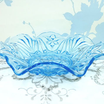 Blue Glass Serving Bowl, Pressed or Depression Glass Bowl, Coloured Glass Dish, Scalloped Edge, Ice Blue Dish, Cottage Chic, 1930's Glass
