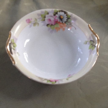 "Noritake "" M "" Hand Painted Serving Bowl Made In Japan Open Handled Porcelain  Floral Design 1920s"