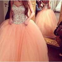 2015 Glamourous Crystal Sparkly ball Gown Prom Dresses Long Tulle Beaded Strapless vestidos de festa Formal Party Evening Gowns